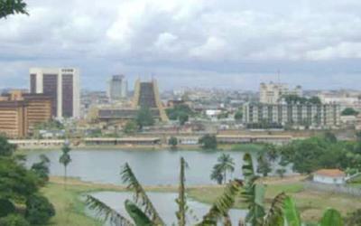Proyecto de recuperación ambiental y paisajística del lago municipal de Yaoundé. Fase 1. (Aménagement du site du Lac municipal de Yaoundé)